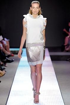 Джиамбаттиста Валли мода на весну-лето 2012