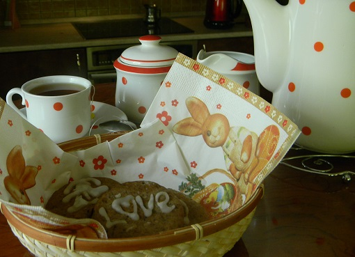 испечь печенье с глазурью из сахарной пудры
